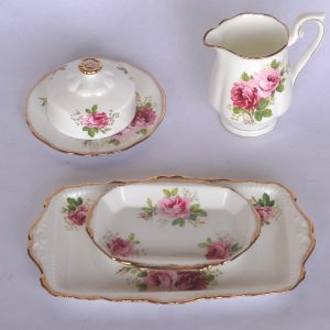 Royal Albert American Beauty - large set