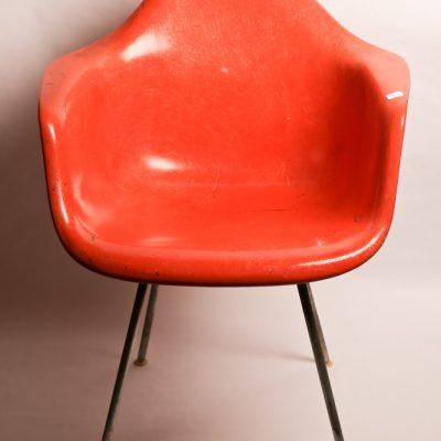 39   Herman Miller chair.