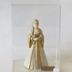 48a. Scarce Royal Worcester figurine. Anne Boleyn. Number 2652. In plexiglass box.